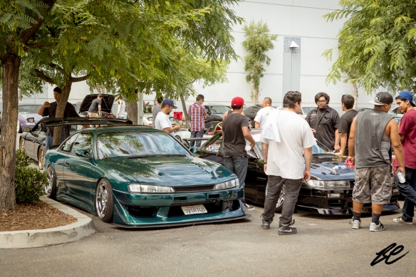 Many cars attracted large crowds of people. Ronald's S14 and the black S13 parked next to him seemed to draw a lot of people throughout the day.
